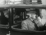 Dressed to Kill - 1946 Image Gallery Slide 8