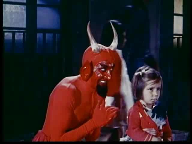 Santa Claus (Versus Satan) 5