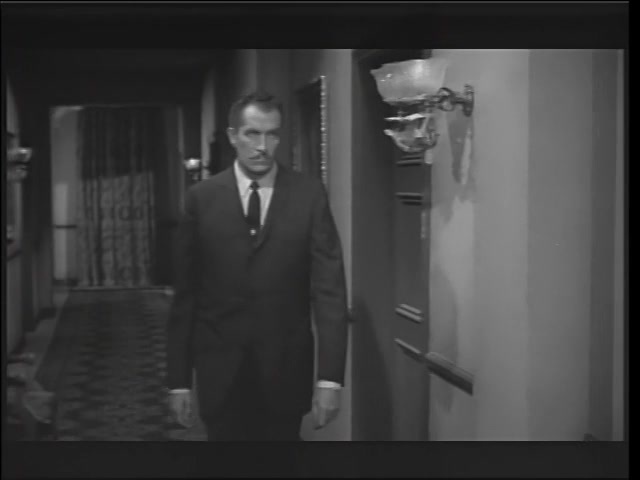 House on Haunted Hill 19