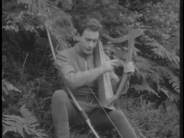 Robin Hood 124 – Six Strings to his Bow 10
