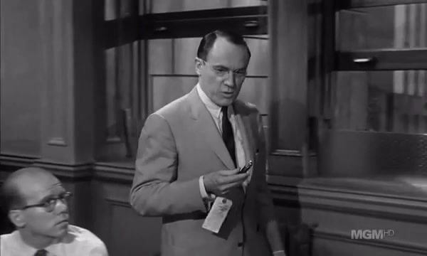 12 Angry Men 4