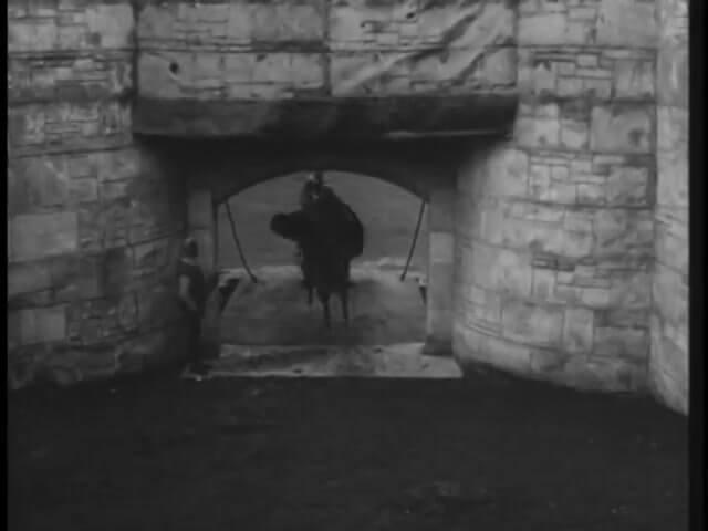 Robin Hood 139 – Trapped 14